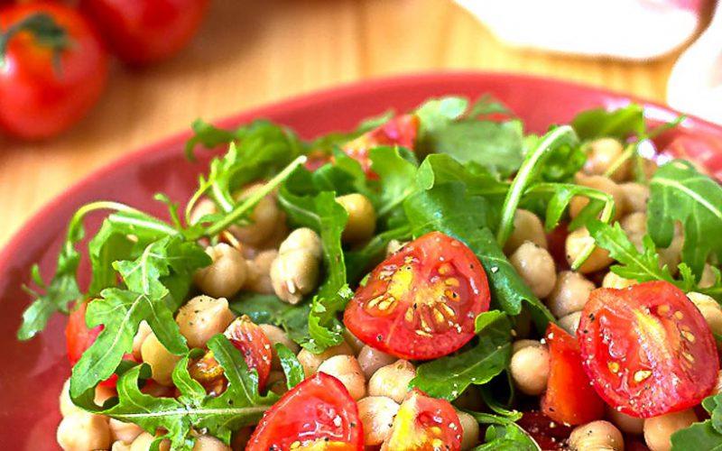 Insalatona di Ceci e Pomodori